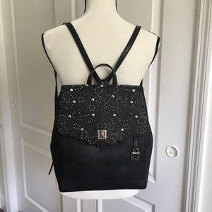Last one❗️Michael Kors medium Cassie Backpack